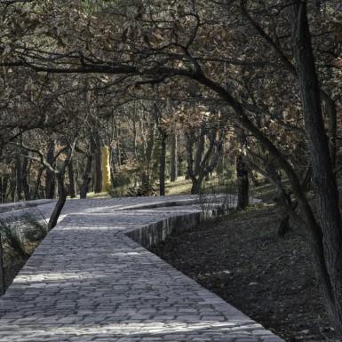 AiWeiWei - Ruyi Path